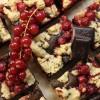 Beerenstreusel-Brownies