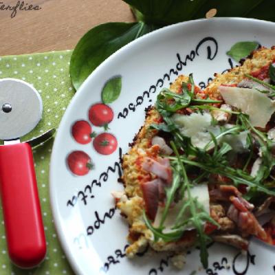 Blumenkohlboden – Pizza (Low Carb)