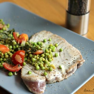 Thunfisch mit Erbsen-Minz-Salsa
