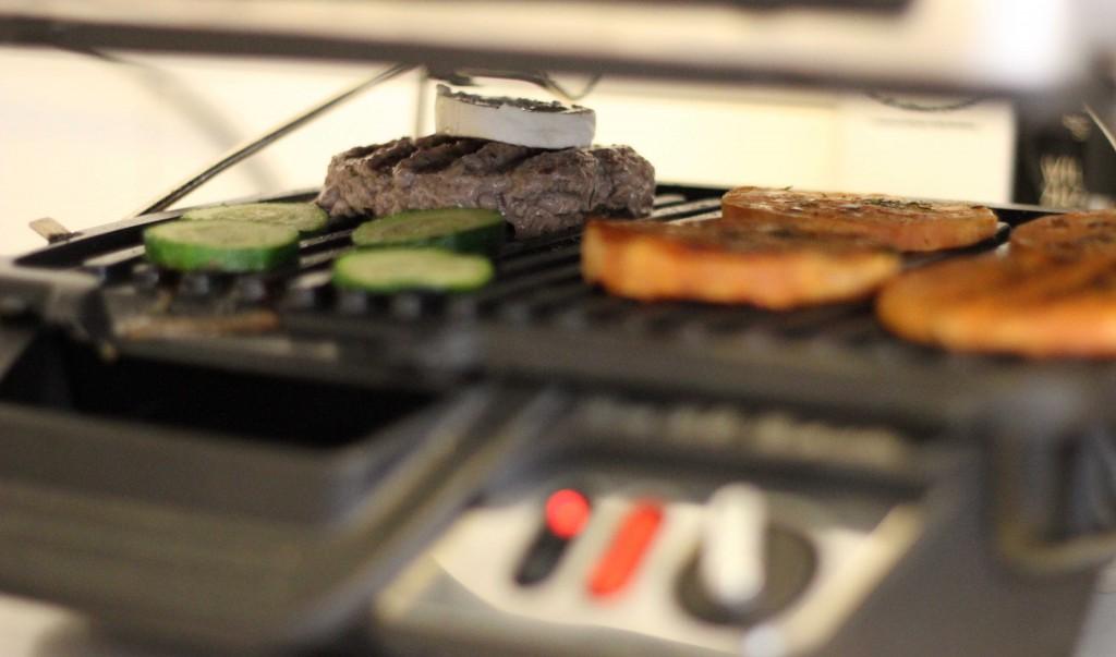 Tefal GC3060 Kontaktgrill 3-in-1_Rezept Ziegenkaeseburger mit Suesskartoffeltaler