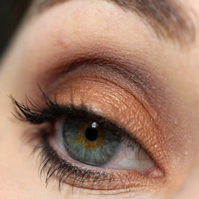 "[In love with…] p2 Eyeshadow Trio ""Peanut Butter Biscuit"""