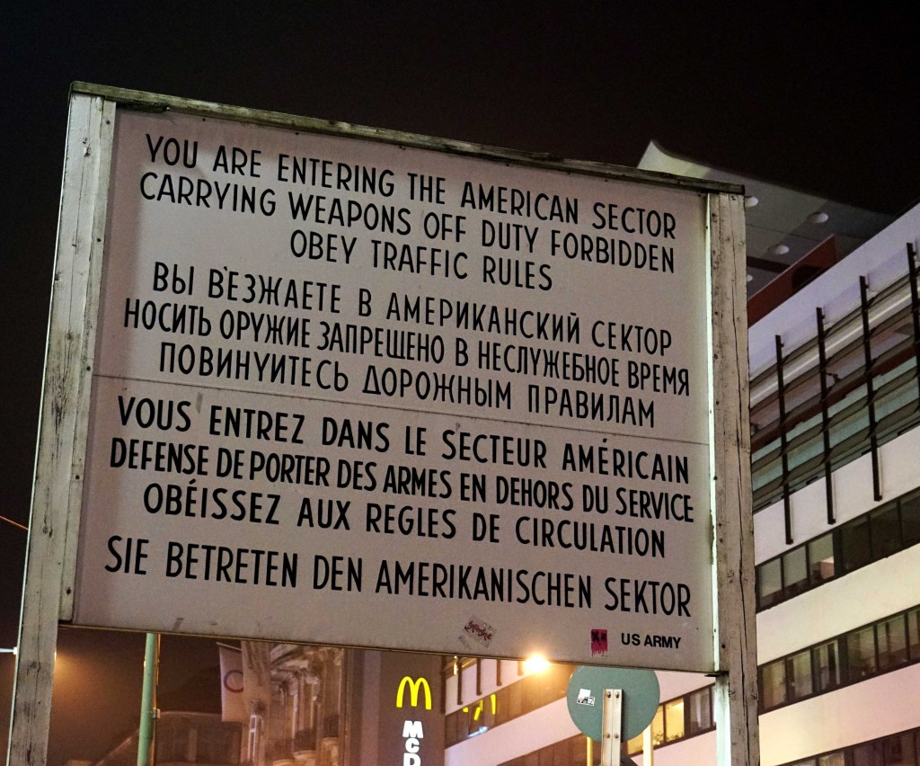 13 Checkpoint Charlie Berlin