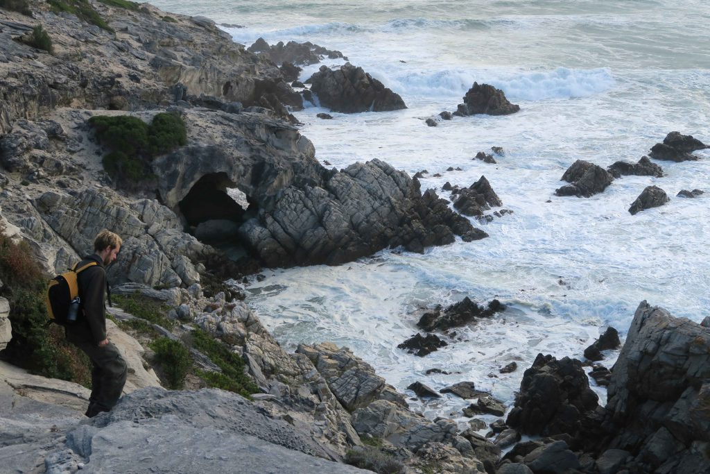 4 Grootbos Nature Reserve Sing meinen Song Beach walk cliffs caves Hoehlen und Strand 5 - www.beautybutterflies.de