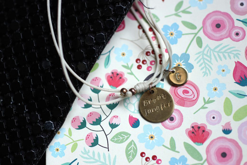 Whats in my bridesmaid clutch - tascheninhalt einer Brautjungfer_Armband