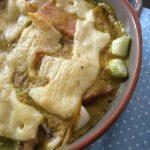 Überbackenes Banane-Curry -Schweinefilet