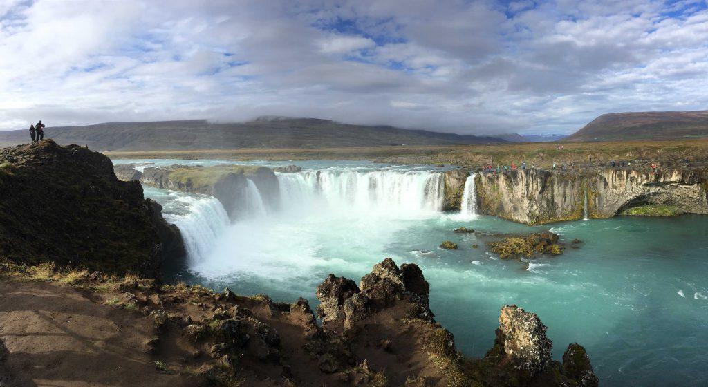 1-iceland-godafoss-waterfall-island-wasserfall-www-beautybutterflies-de-2