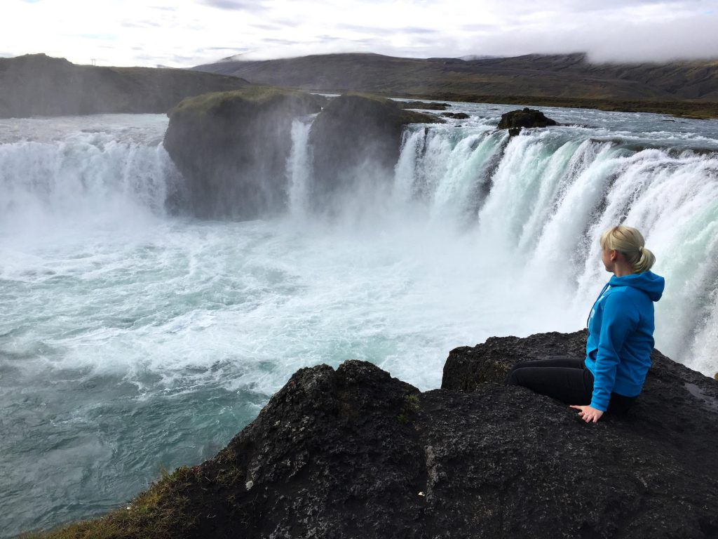 1-iceland-godafoss-waterfall-island-wasserfall-www-beautybutterflies-de-3