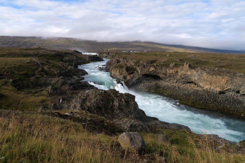 1-iceland-godafoss-waterfall-island-wasserfall-www-beautybutterflies-de