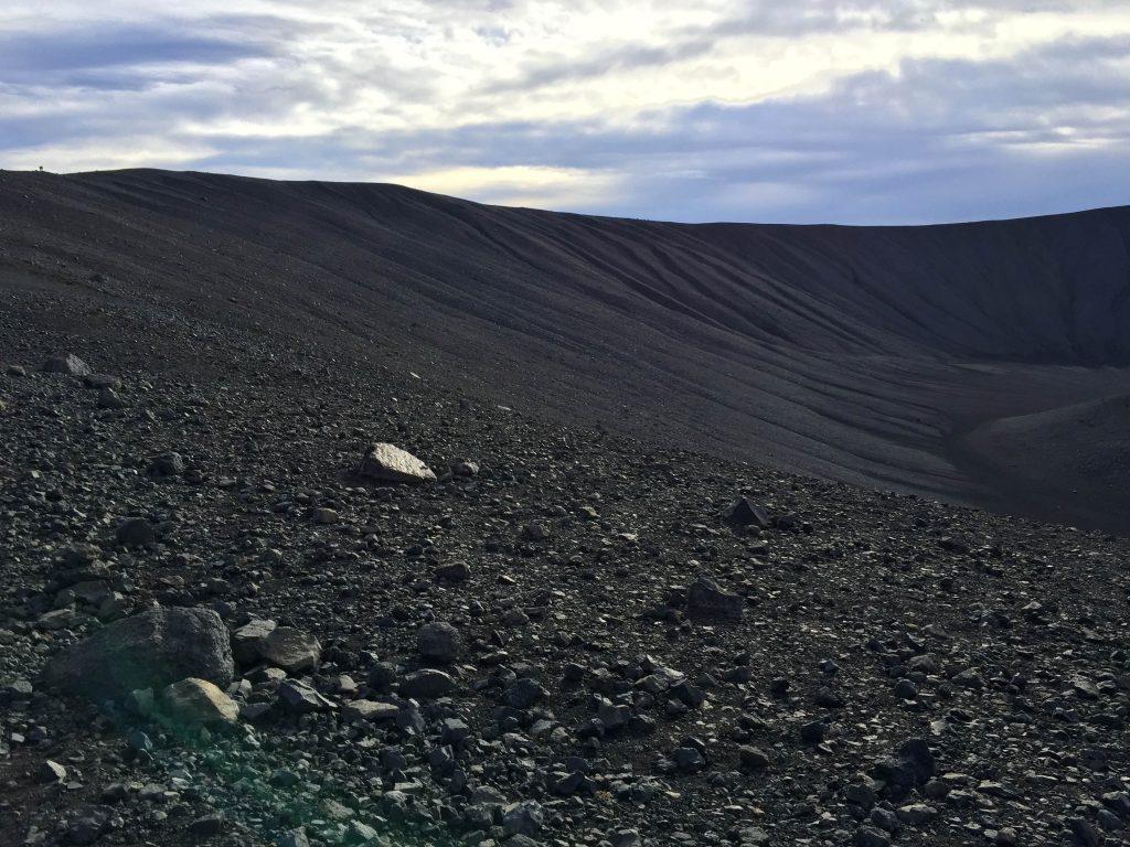hverfjall-tuffring-krater-myvatn-island-iceland-www-beautybutterflies-de