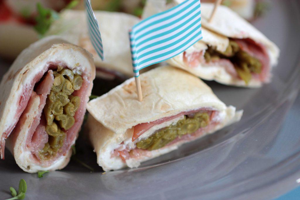 1-lowcarb-abendessen-lc-tortilla-ziegenfrischkaese-schinken-bohnen