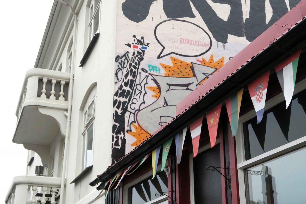 1-reykjavik-hip-island-iceland-streetart-www-beautybutterflies-de