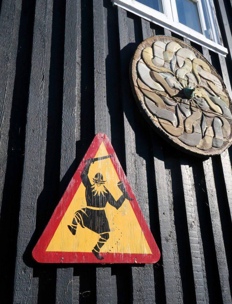 around-reykjavik-hafnarfjoerdur-vikings-wikinger-elfen-island-www-beautybutterflies-de