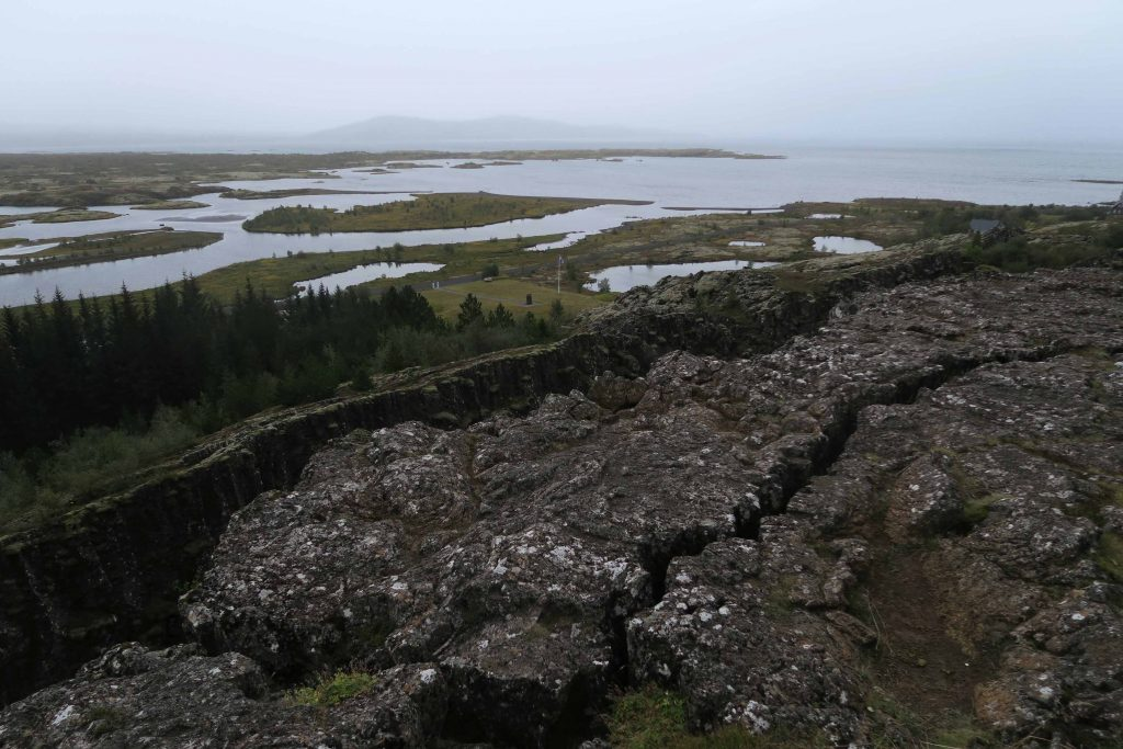 around-reykjavik-thingvellir-national-park-erdspalte-golden-circle-island-iceland-www-beautybutterflies-de