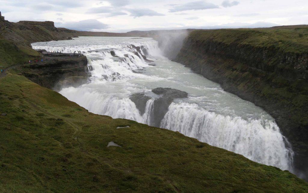 golden-circle-reykjavik-gullfoss-waterfall-wasserfall-island-www-beautybutterflies-de