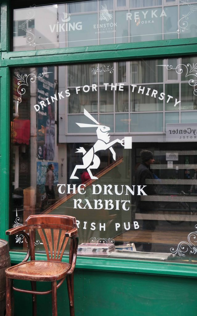 28-reykjavik-live-musik-the-drunk-rabbit-www-beautybutterflies-de