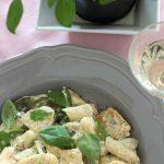 Rezept für Selbstgemachte Gnocchi mit Spargelragout